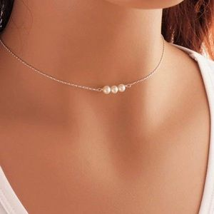 Dainty Silver Chain Pearl Necklace